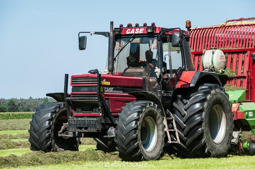 Case IH 150 CVX & Case International 1455XL + Strautmann Super Vitesse (22-08-2015) (20 van 35)