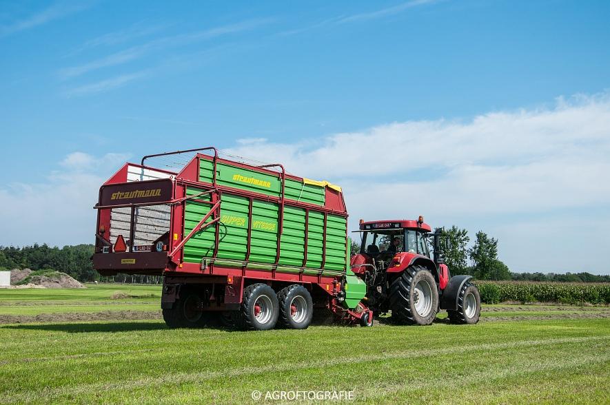 Case IH 150 CVX & Case International 1455XL + Strautmann Super Vitesse (22-08-2015) (5 van 35)