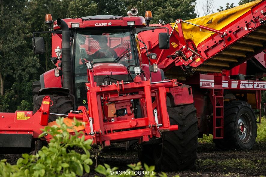 Case IH 175 CVX & Steyr + Grimme SE 150-60 (Aardappelen rooien, Sandee, 10-09-2015) (38 van 60)