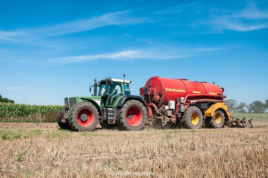 Fendt 824 + Schuitemaker Robusta (Bouwland, Van De Kruys, 31-08-2015) (12 van 49)