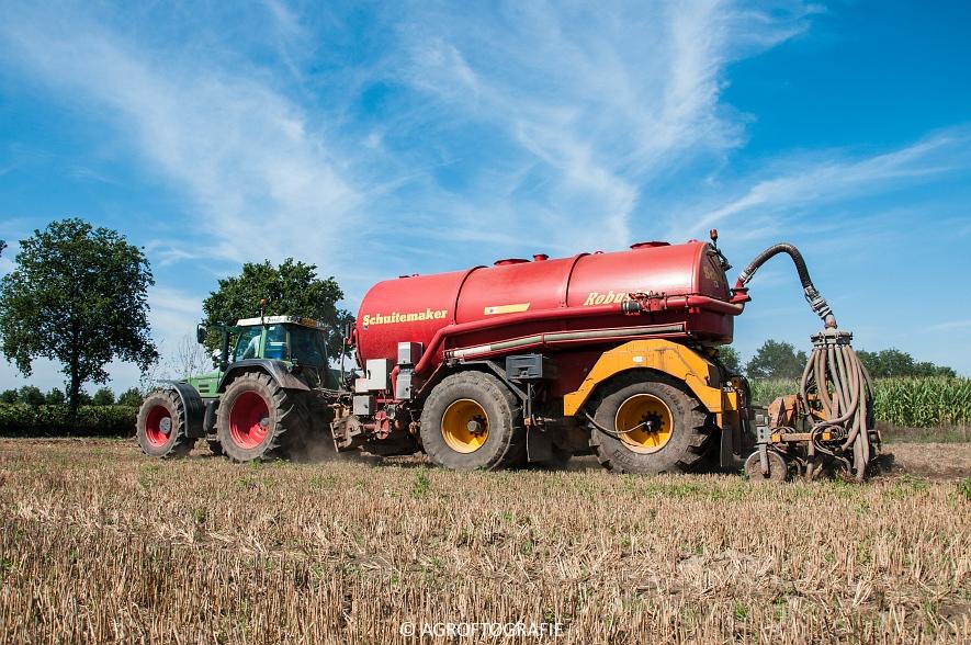Fendt 824 + Schuitemaker Robusta (Bouwland, Van De Kruys, 31-08-2015) (15 van 49)
