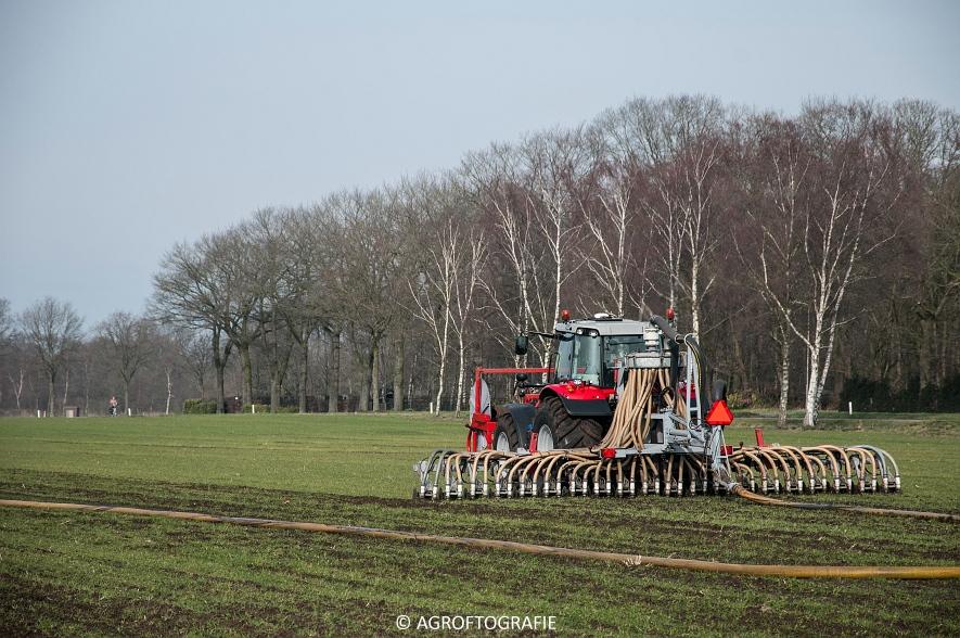 Massey Ferguson 6616 Dyna-VT (Sleepslang, 18-02-2016, Van Helmond) (28 van 43)
