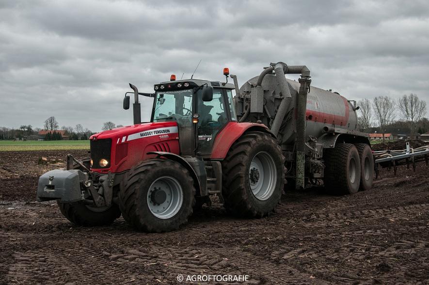 Massey Ferguson 7495 & 8690 Van Helmond Agrofotografie (12)