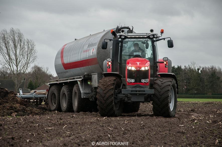 Massey Ferguson 7495 & 8690 Van Helmond Agrofotografie (9)
