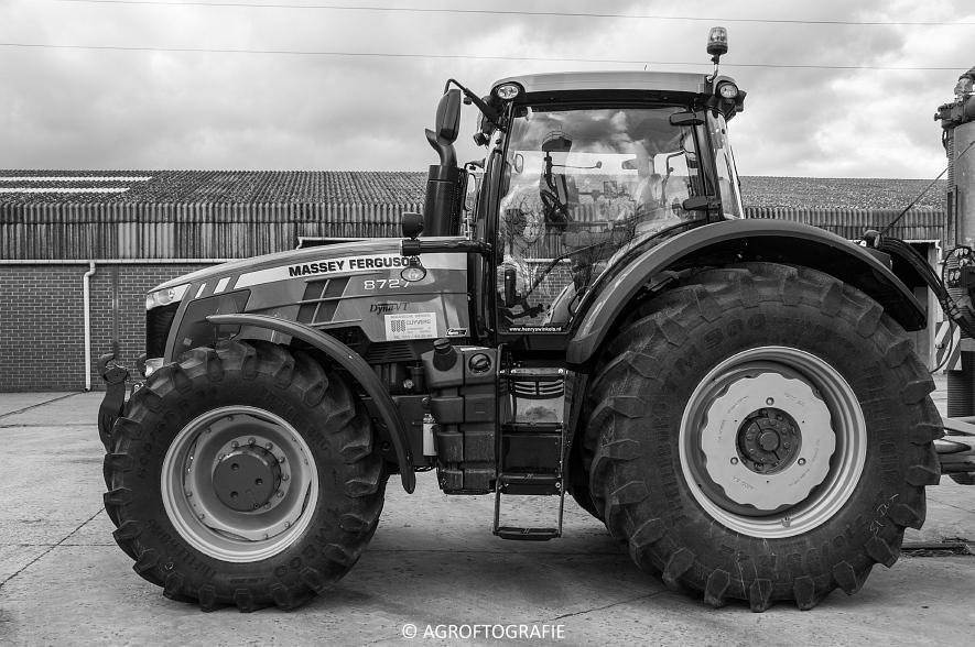 Massey Ferguson 8727 Dyna-VT (Poseren, 15-02-2016) (12) agrofotografie