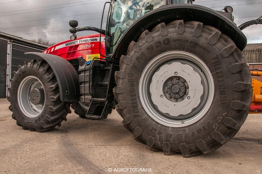 Massey Ferguson 8727 Dyna-VT (Poseren, 15-02-2016) (27) agrofotografie