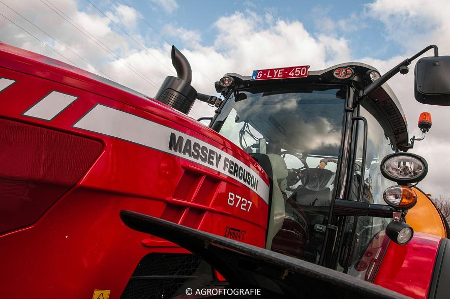 Massey Ferguson 8727 Dyna-VT (Poseren, 15-02-2016) (5) agrofotografie