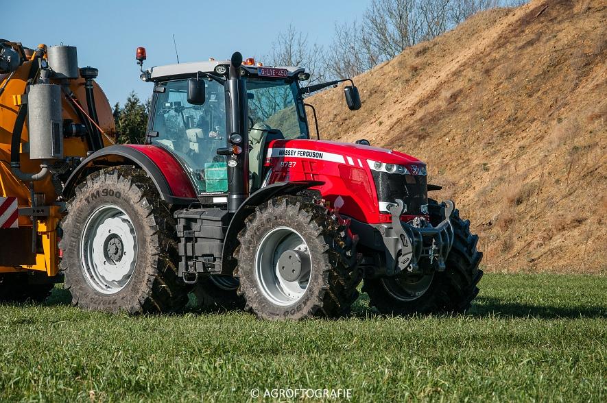 Massey Ferguson 8727 Dyna-VT + VMR Veenhuis (Grasland, 16-02-2016) (10 van 49) agrofotografie
