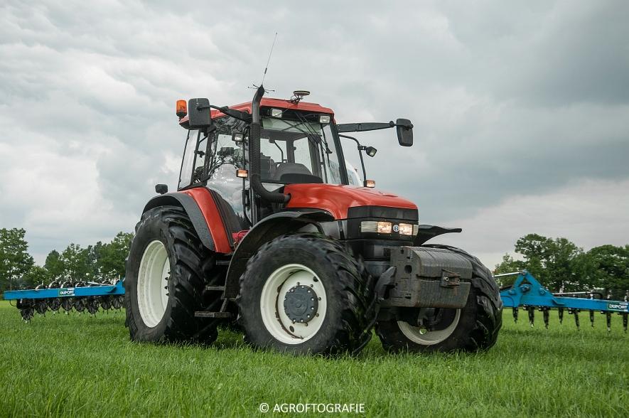 New Holland TM 165 + Duport (Stikstofbemesting, Schoonen, 23-06-2015) (4 van 36)