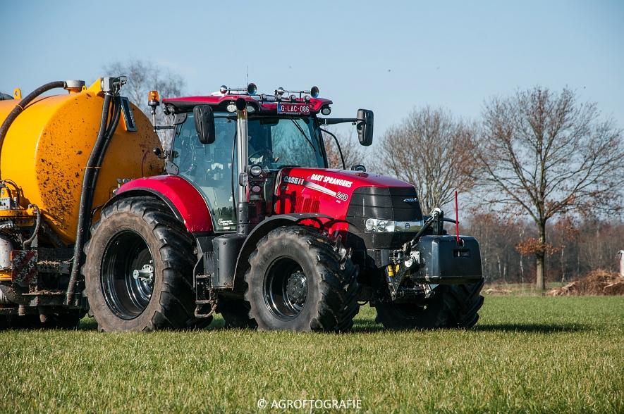 Case IH Puma 240 CVX + VMR Veenhuis (Grasland, 29-02-2016, Bart Sprangers) (25 van 65) agrofotografie