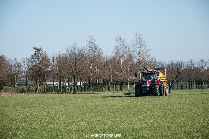 Case IH Puma 240 CVX + VMR Veenhuis (Grasland, 29-02-2016, Bart Sprangers) (30 van 65) agrofotografie