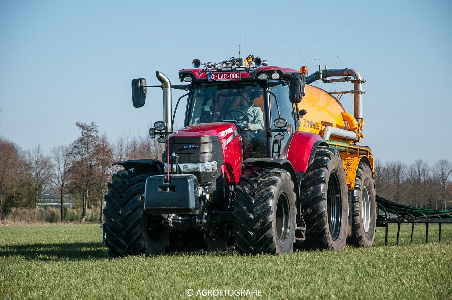 Case IH Puma 240 CVX + VMR Veenhuis (Grasland, 29-02-2016, Bart Sprangers) (33 van 65) agrofotografie
