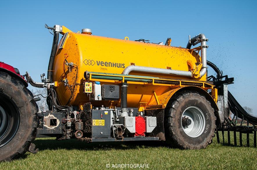 Case IH Puma 240 CVX + VMR Veenhuis (Grasland, 29-02-2016, Bart Sprangers) (38 van 65) agrofotografie