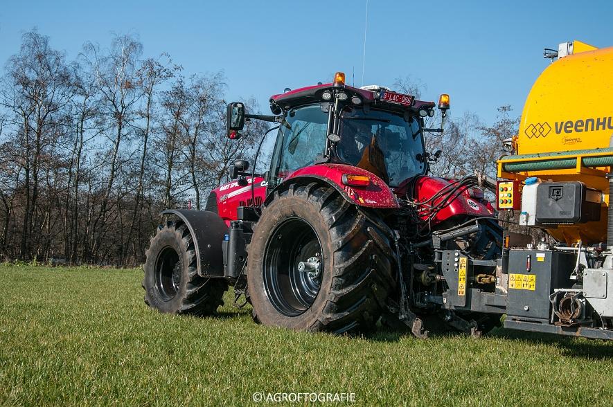Case IH Puma 240 CVX + VMR Veenhuis (Grasland, 29-02-2016, Bart Sprangers) (39 van 65) agrofotografie