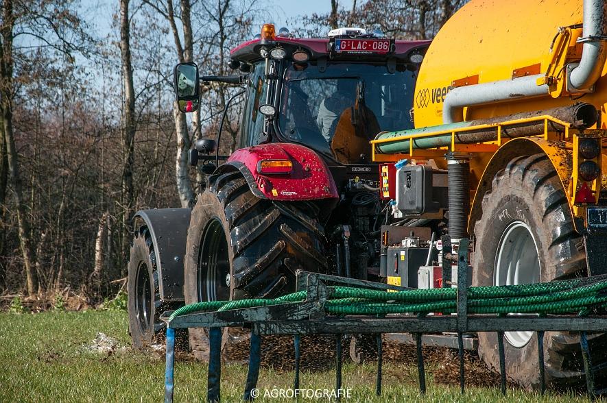 Case IH Puma 240 CVX + VMR Veenhuis (Grasland, 29-02-2016, Bart Sprangers) (42 van 65) agrofotografie