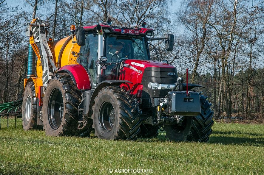 Case IH Puma 240 CVX + VMR Veenhuis (Grasland, 29-02-2016, Bart Sprangers) (48 van 65) agrofotografie