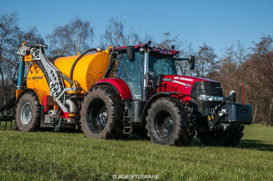 Case IH Puma 240 CVX + VMR Veenhuis (Grasland, 29-02-2016, Bart Sprangers) (50 van 65) agrofotografie