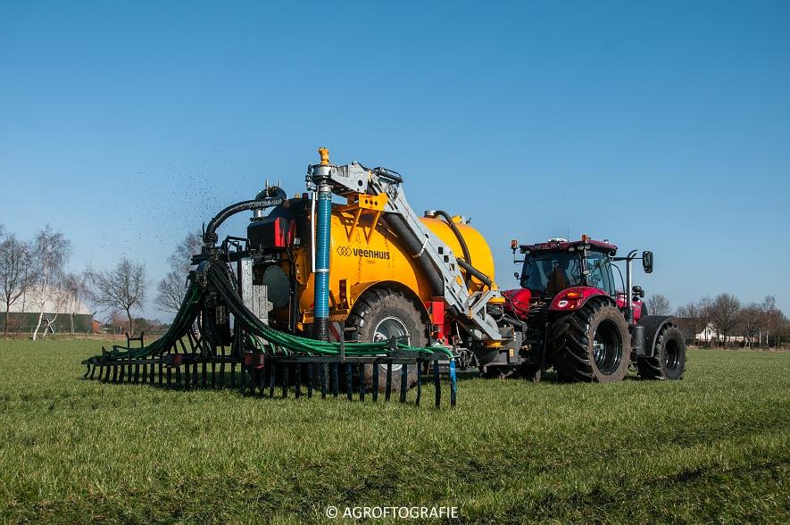 Case IH Puma 240 CVX + VMR Veenhuis (Grasland, 29-02-2016, Bart Sprangers) (54 van 65) agrofotografie