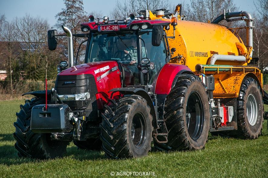 Case IH Puma 240 CVX + VMR Veenhuis (Grasland, 29-02-2016, Bart Sprangers) (59 van 65) agrofotografie