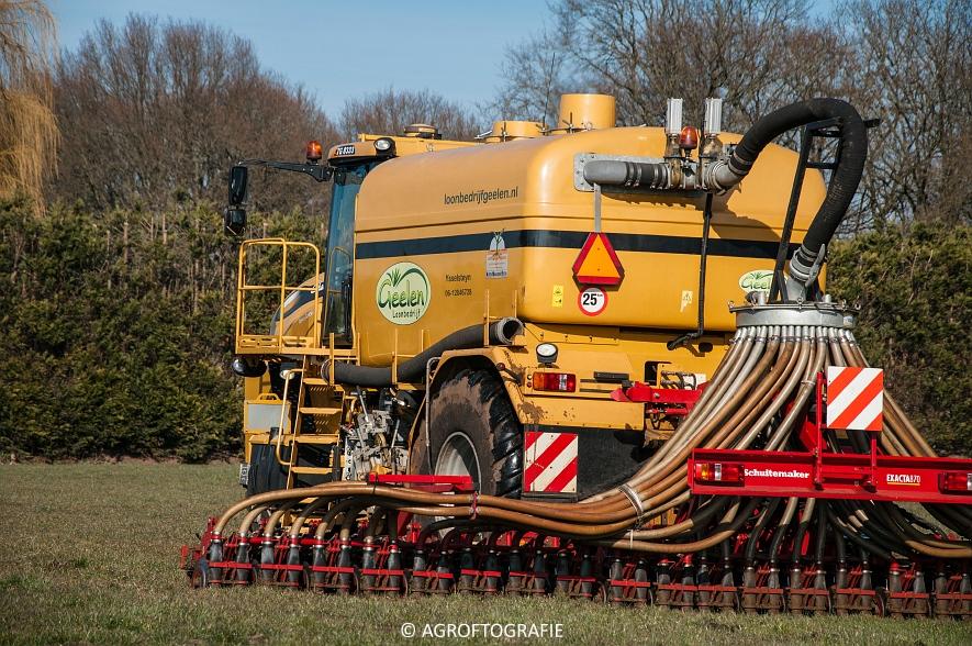 Challenger Terra-Gator TG 8333 (Grasland, Geelen, 14-03-2016) (12 van 46)