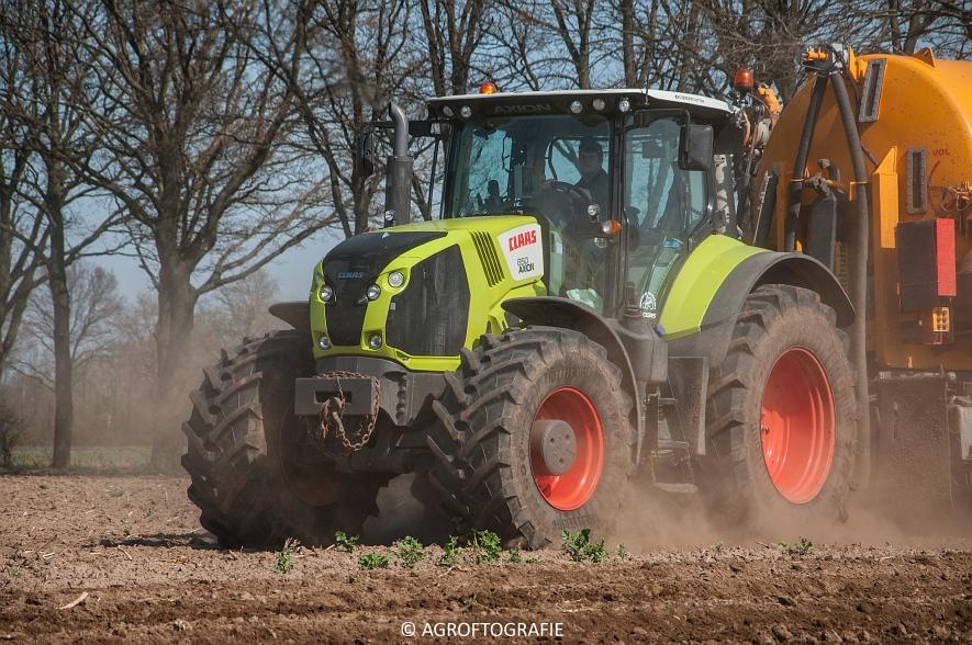 Claas Arion 850 + VMR Veenhuis (Bouwland, De Boer, 11-04-2016) (24 van 45)