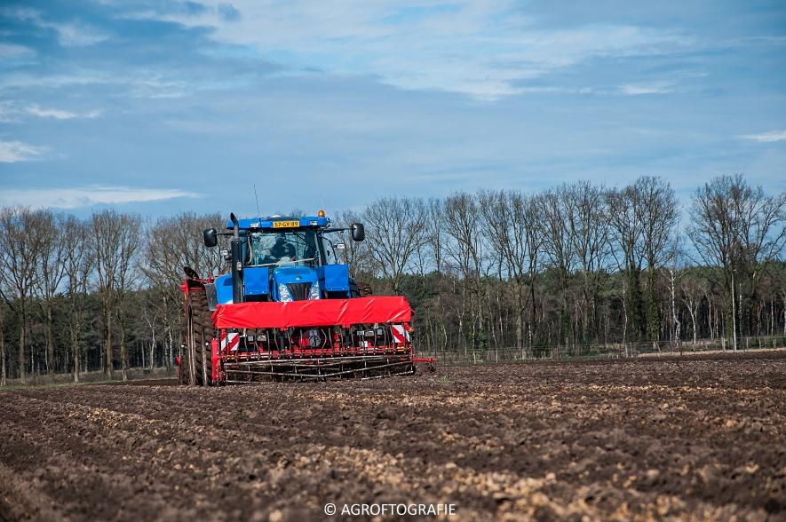 Deutz-Fahr Agrotron 6180 TTV & New Holland T7030 + Grimme GL (Van Gompel-Van Sambeeck, 04-04-2016) (24 van 54)