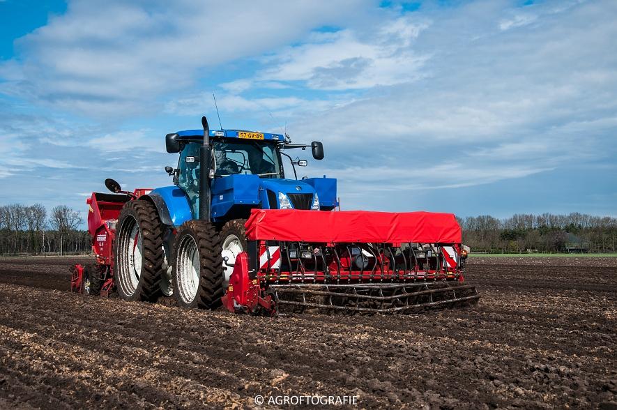 Deutz-Fahr Agrotron 6180 TTV & New Holland T7030 + Grimme GL (Van Gompel-Van Sambeeck, 04-04-2016) (30 van 54)