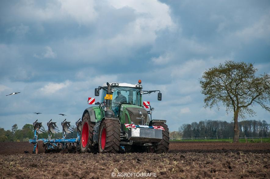 Fendt 933 & 924 + Schuitemaker Robusta & Fendt 930 + Lemken (Van Hal, 25-04-2016) (28 van 86)