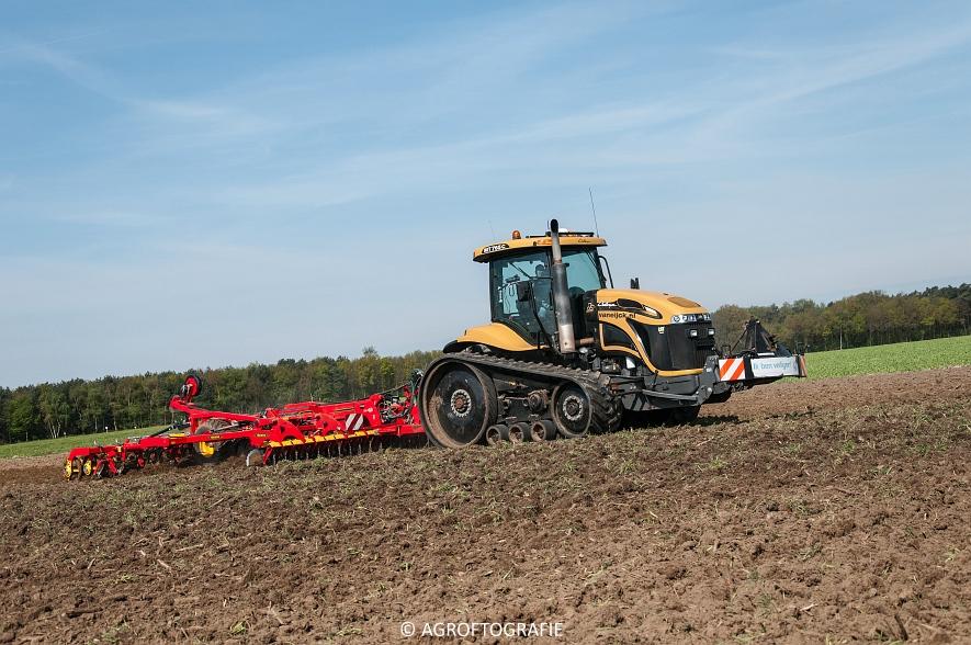 Challenger MT765C + Väderstad TopDown 500 (Van Eijck, 02-05-2016) (38 van 59)