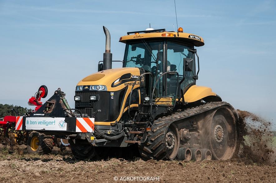 Challenger MT765C + Väderstad TopDown 500 (Van Eijck, 02-05-2016) (42 van 59)