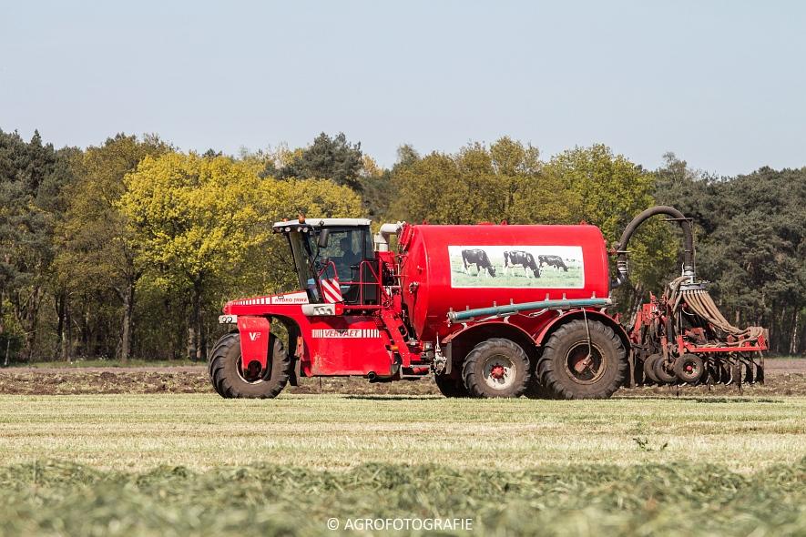 New Holland Fr700 (12)