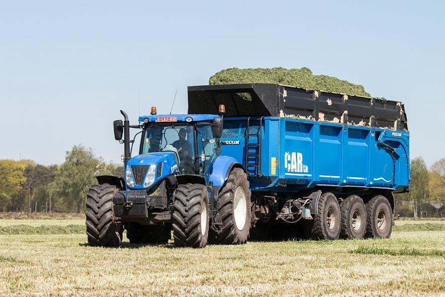 New Holland Fr700 (9)