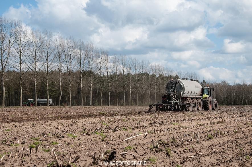 Fendt 828 & Claas Axion + Joskin Euroliner (Bouwland, Arbio, 04-04-2016) (8 van 42)jpg
