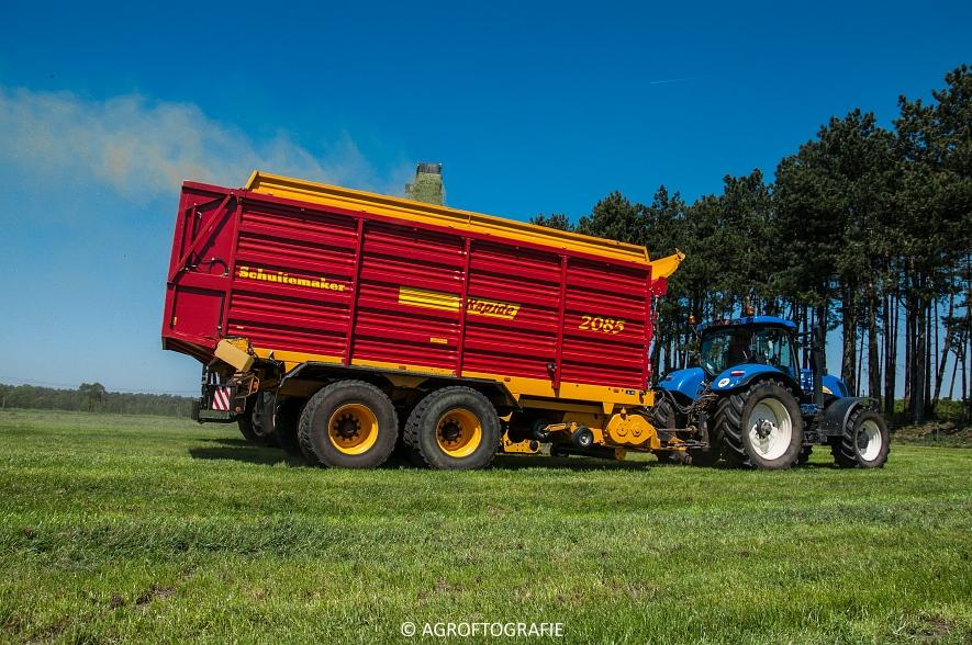 New Holland FR 850 Forage Cruiser (Geutjens, gras, 08-05-2016) (31 van 74)jpg