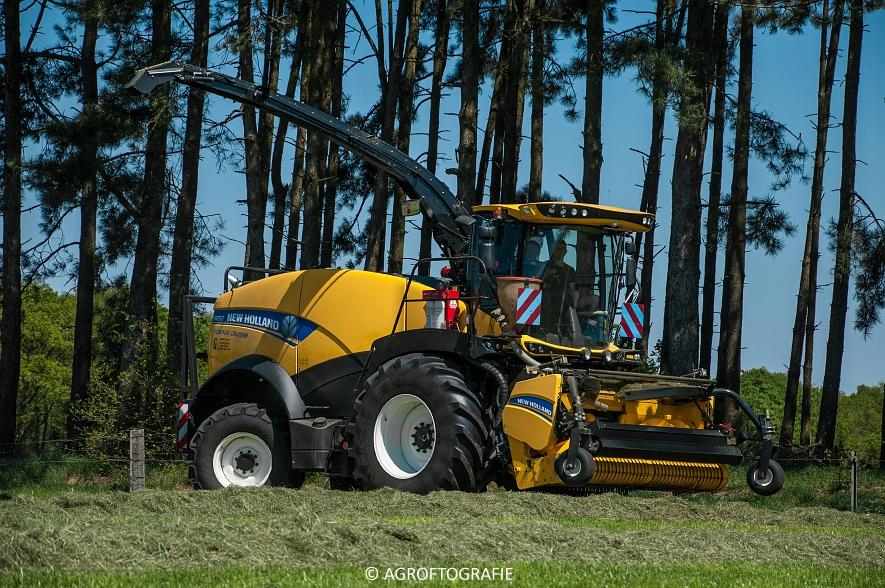 New Holland FR 850 Forage Cruiser (Geutjens, gras, 08-05-2016) (6 van 74)jpg