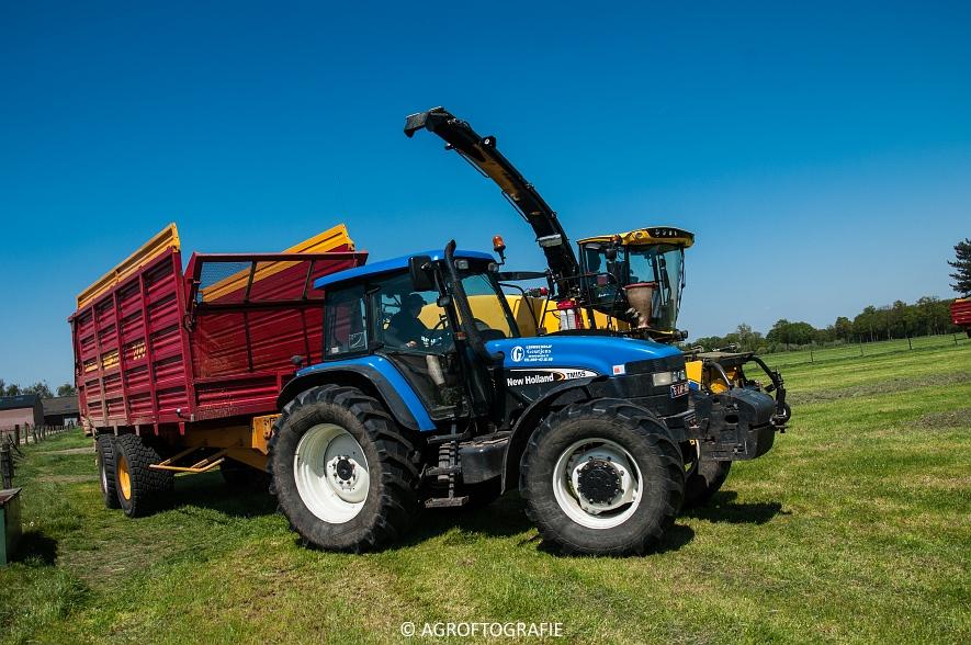 New Holland FR 850 Forage Cruiser (Geutjens, gras, 08-05-2016) (66 van 74)jpg
