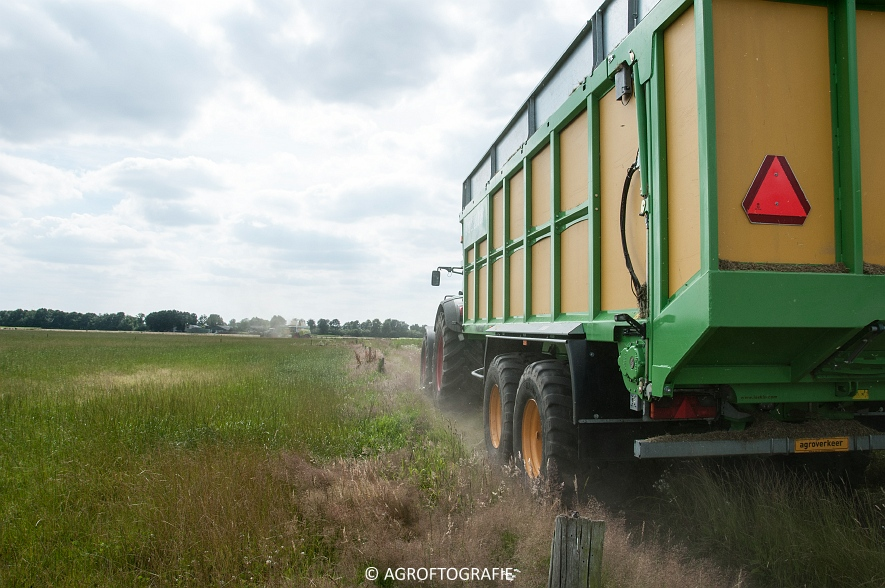 Claas Jaguar 940 + Fendt 930 & 722 + Joskin Drakkar (Gras, Snoeijen Agro, 09-07-2016) (4 van 70)jpg