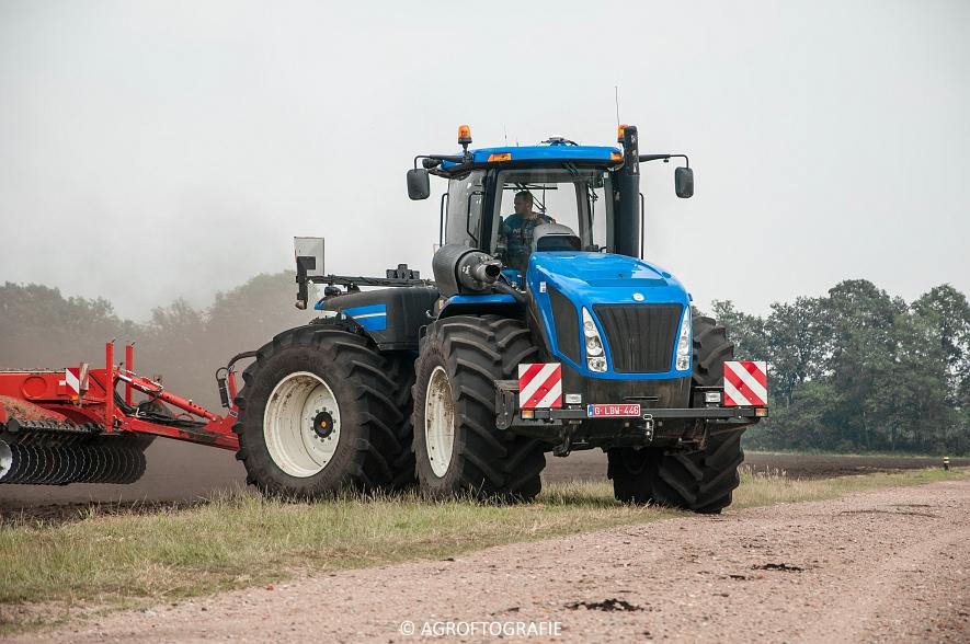 New Holland T9560 + Kuhn Performer 5000 (Cultiveren, Franken Agro, 16-07-2016) (18 van 74)jpg