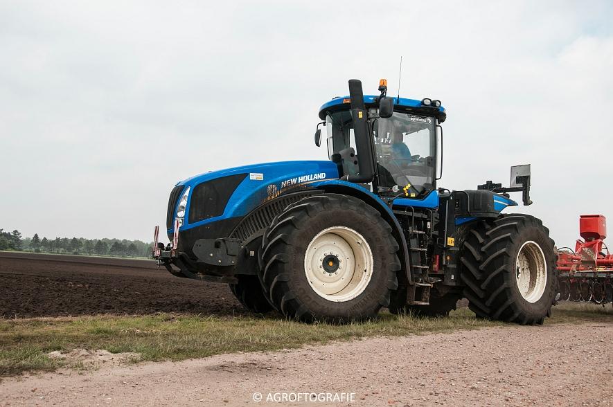 New Holland T9560 + Kuhn Performer 5000 (Cultiveren, Franken Agro, 16-07-2016) (22 van 74)jpg