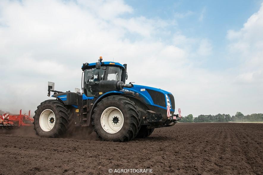 New Holland T9560 + Kuhn Performer 5000 (Cultiveren, Franken Agro, 16-07-2016) (57 van 74)jpg