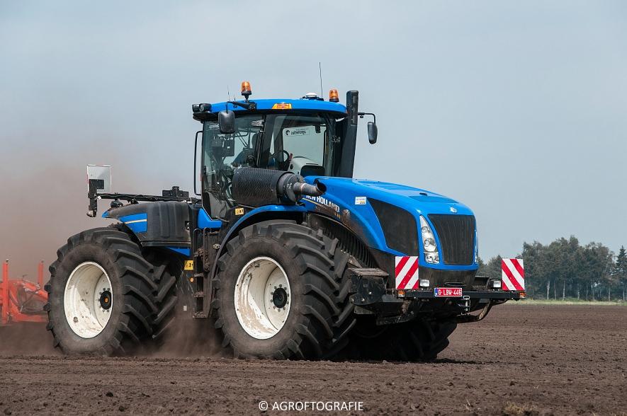 New Holland T9560 + Kuhn Performer 5000 (Cultiveren, Franken Agro, 16-07-2016) (6 van 74)jpg
