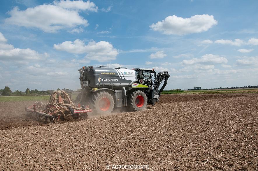 Claas Xerion 4000 Saddle Trac + SGT (Bouwland, Gaspers, 15-08-2016) (11 van 96)jpg
