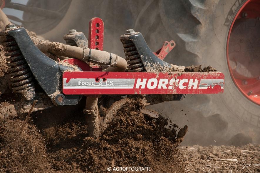 Claas Xerion 4000 Saddle Trac + SGT (Bouwland, Gaspers, 15-08-2016) (32 van 96)jpg