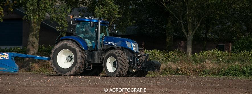 new-holland-t7270-de-blaauw-kb-3500td-kilveren-roost-15-10-10-van-27jpg