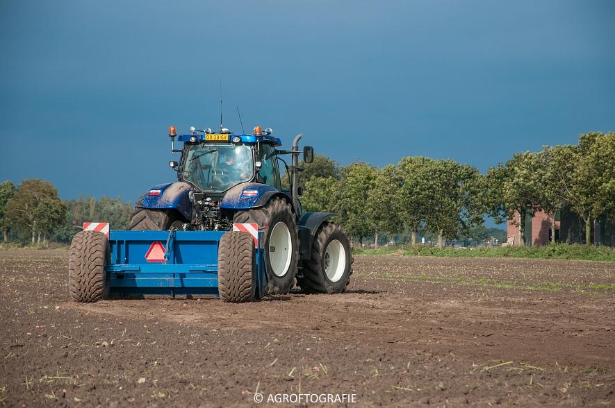 new-holland-t7270-de-blaauw-kb-3500td-kilveren-roost-15-10-27-van-27jpg
