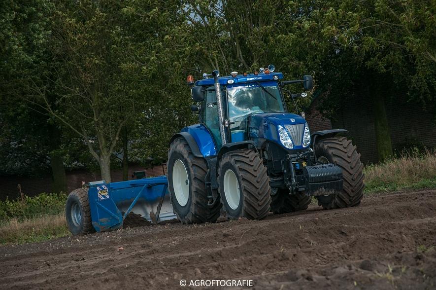 new-holland-t7270-de-blaauw-kb-3500td-kilveren-roost-15-10-7-van-27jpg