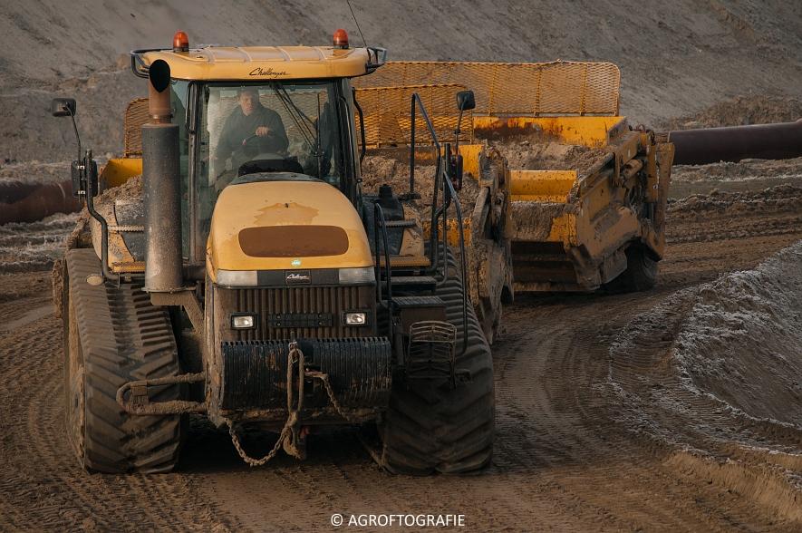 Challenger MT 875B & 865B + New Holland T8 435 (Vereecke De Cleene, 30-12-16) (110 van 157)jpg