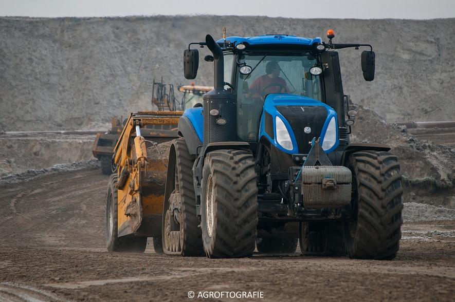 Challenger MT 875B & 865B + New Holland T8 435 (Vereecke De Cleene, 30-12-16) (76 van 157)jpg