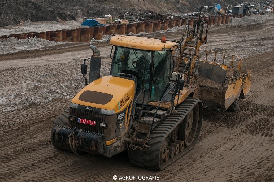 Challenger MT 875B & 865B + New Holland T8 435 (Vereecke De Cleene, 30-12-16) (95 van 157)jpg