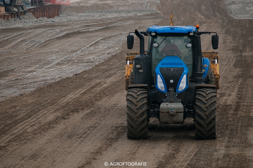 Challenger MT 875B & 865B + New Holland T8 435 (Vereecke De Cleene, 30-12-16) (96 van 157)jpg